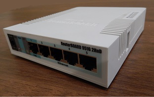 MikroTik RB951 router CANMOS